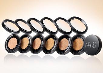 NARS - 保養與底妝的混血 韓國研發 亞洲獨賣 推出首款「裸光奇肌氣墊粉餅SPF23/PA++」
