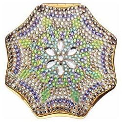 晶鑽銀雪粉妝盒 Crystal Dreams by Judith Leiber