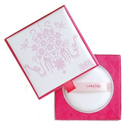 仲夏光燦嫩采蜜粉 Snow Bloom Finishing Powder