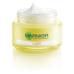 GARNIeR 卡尼爾 乳霜-晶亮零瑕淨白乳霜 SPF17.PA++