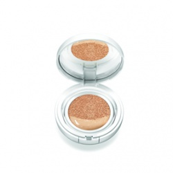 雪燦BB舒芙蕾水凝霜SPF50+/PA++ Snow BB Soothing Cushion SPF50+ PA+++