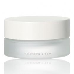 THREE 乳霜-平衡水凝霜 Balancing Cream