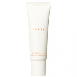 THREE 平衡精萃系列-平衡UV防護乳SPF30/PA+++