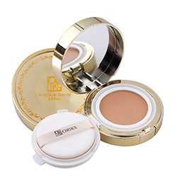 水凝琉光晨露粉釉霜  GOLD CAVIAR ESSENCE BB PACT