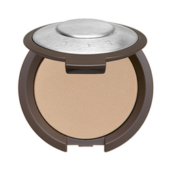 完美多效輕透粉餅 Multi-Tasking Perfecting Powder
